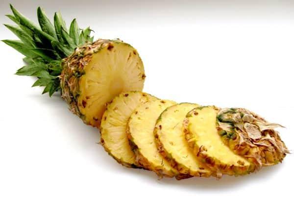 pineapple white slices