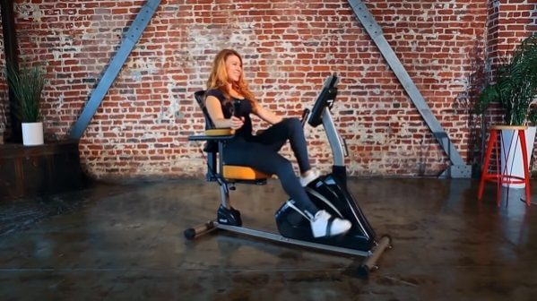 woman exercising on exerpeutic 4000 magnetic recumbent