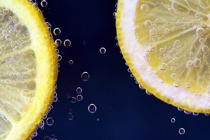 lemon slices floating in lemonade
