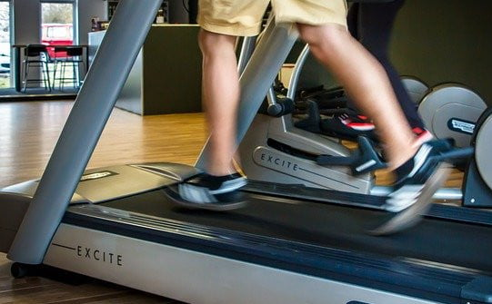 treadmill workout in a gym