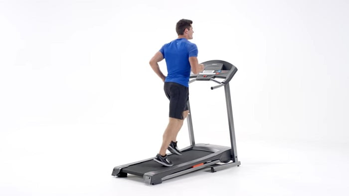 man running on weslo cadence g 5.9i treadmill