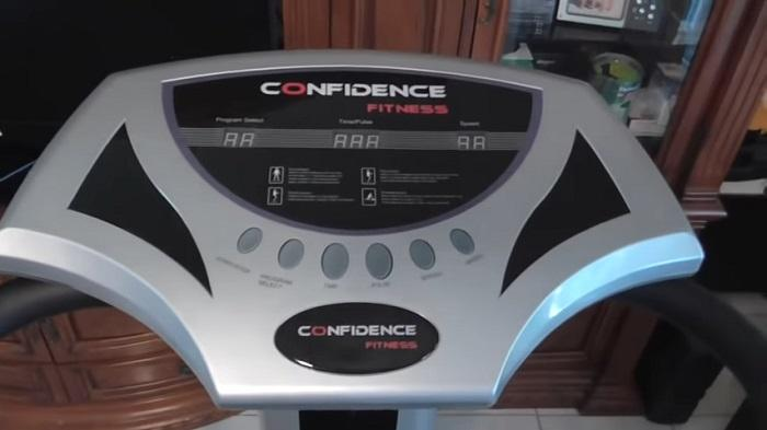demonstration in home of confidence fitness vibration machine monitor