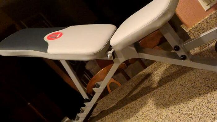 Universal UB300 Five Position Weight Bench Review