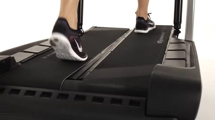 woma walking on bowflex treadmill climber