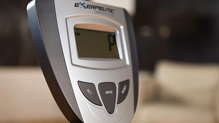 Exerpeutic 900XL Heavy Duty Magnetic Recumbent Bike monitor